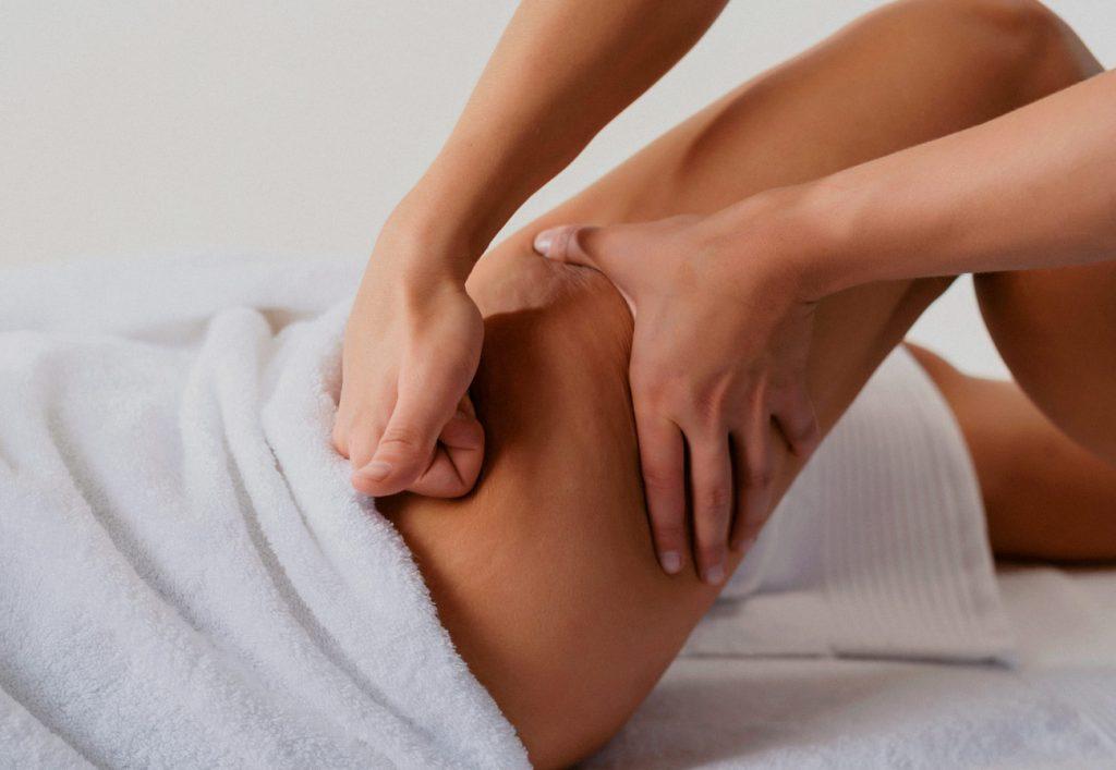 Chicas españolas haciendo masaje erótico Valencia profesional